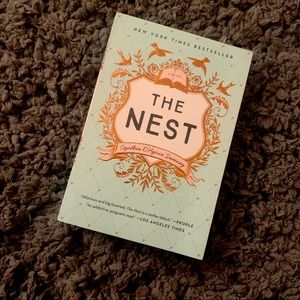 The Nest by Cynthia D'Aprix Sweeney book